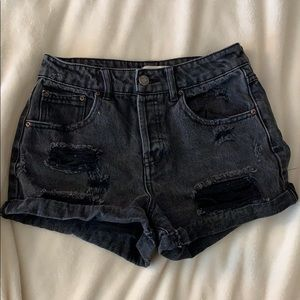 F21 black high waisted distressed jean shorts